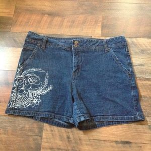 Custom painted denim shorts size 14